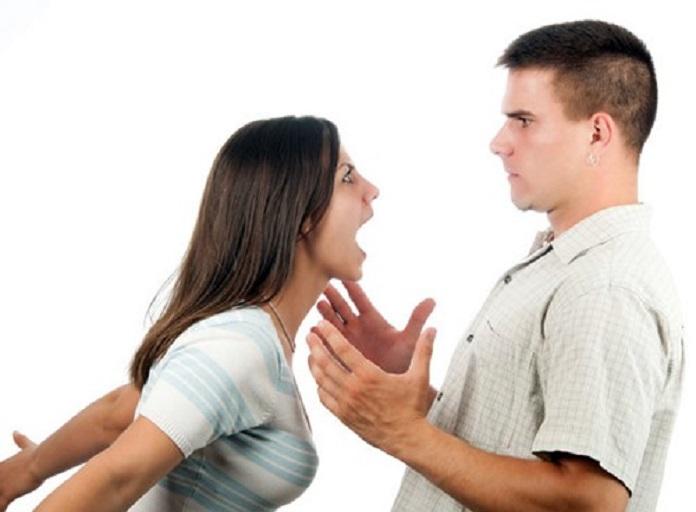 Nhà phạm vào hướng ngũ quỷ sẽ khiến các thành viên trong gia đình dễ cáu gắt, cãi nhau.