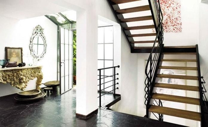 Thiết kế cầu thang đẹp cho nhà nhỏ nhiều tầng