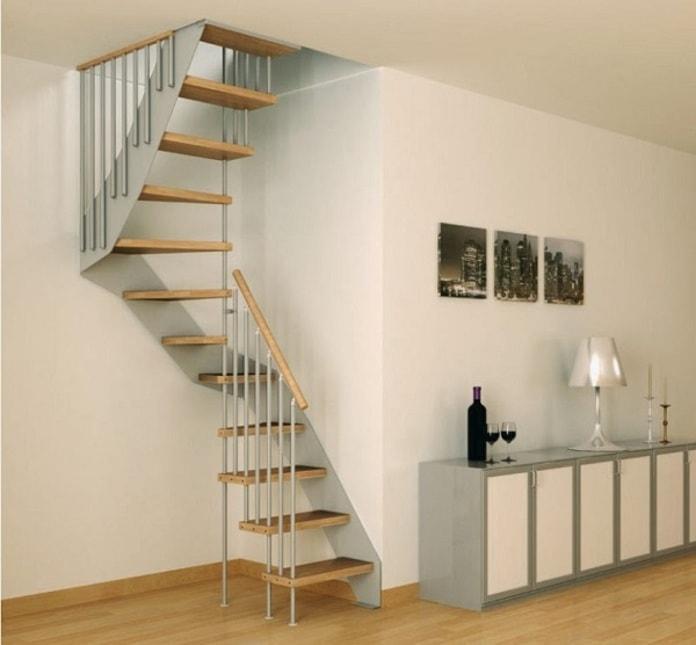 Thiết kế cầu thang siêu hẹp cho nhà nhỏ