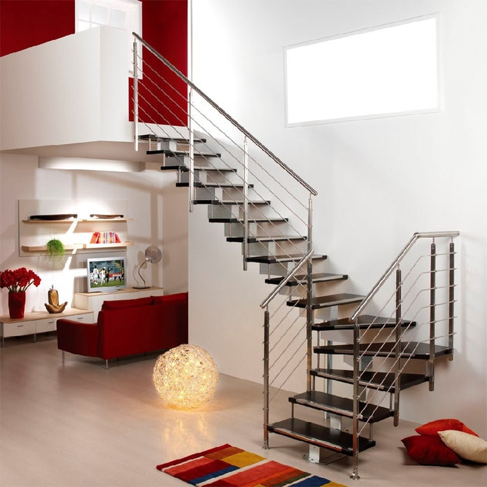 Tính phong thủy trong thiết kế cầu thang nhà nhỏ cũng cần lưu tâm