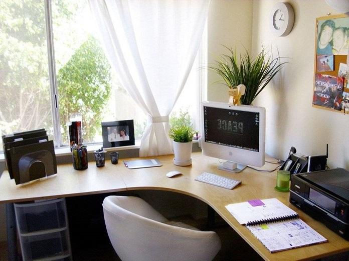 Những điều cần tránh khi đặt bàn làm việc